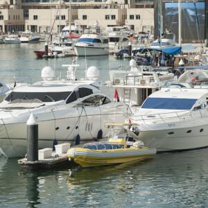 Yas Marina  33