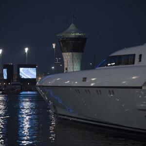 Yas Marina  81